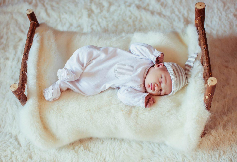 Berapa Jam Tidur Yang Ideal Untuk Si Buah Hati
