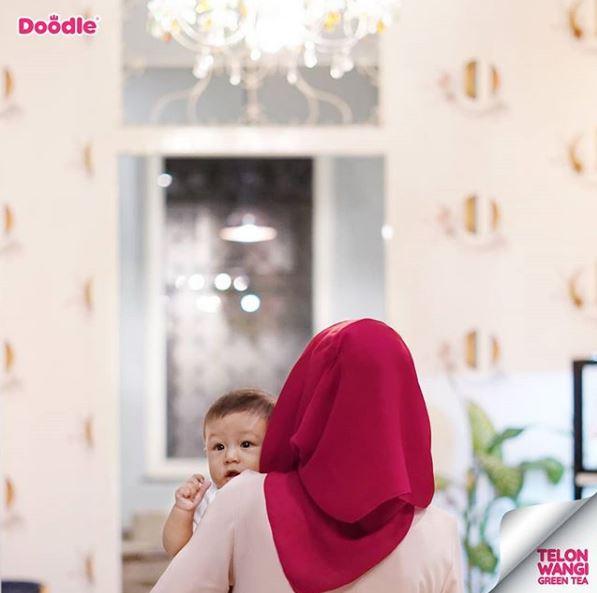 Teknik menyusui bayi yang benar