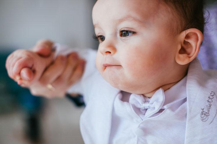 agar bulu mata bayi lentik