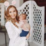 Manfaat Menggendong Bayi yang Belum Moms Ketahui