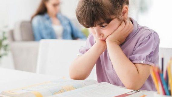 Ingin Anak Tumbuh Cerdas, Pintar, dan Sehat ? Ucapkan Ini Setiap Hari Moms